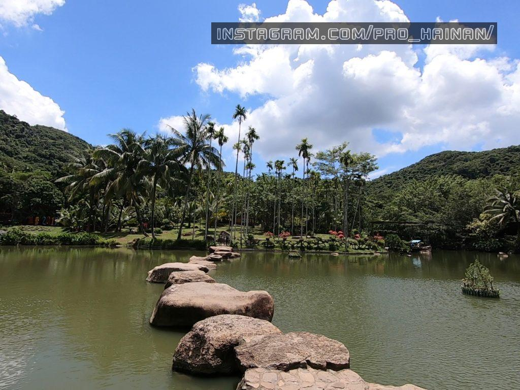 парк янода озеро